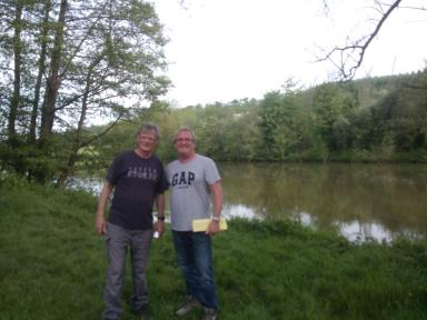 Deux Anglais dont un sur les traces de son père.p 001254